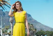 Voimaa väreistä - hehkua auringosta / Lainaa luonnosta värit kesän juhlavaatteisiin. Kuulas keltainen, herkkä roosa, raikas oranssi tai sielukas sininen – mikä on sinun juttusi? Jos mekkosi väri on hillitty, voit tuoda asuun väriä esimerkiksi kengillä ja laukulla.