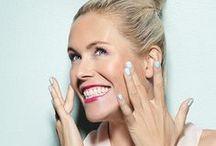 We Care Icon / We Care Icon - Täydellinen meikkisarja laatua, ekologisuutta ja trendikkyyttä arvostavalle naiselle, joka osaa vaatia vastuullisia valintoja myös kosmetiikan valmistajalta - tuotteiden toimivuutta, innovatiivisuutta ja trendikkyyttä unohtamatta.  Kaikki We Care Icon -meikkisarjan tuotteet on valmistettu hyödyntäen korkealaatuisia ja puhtaita luonnon raaka-aineita.  We Care Icon -tuotesarjassa on nyt uusia tuotteita ja sähäkän hehkuvia, herkullisia värejä.