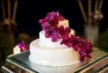 Cake ~ www.weddingsinthailand.com / Fresh flowers and icing...