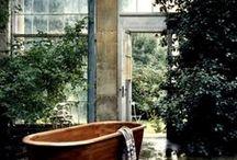 Badezimmer / Bathrooms / Schöne, schlichte und natürliche Bäder
