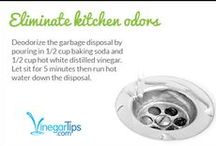 Kitchen / Tips, tricks and all-natural ways to clean up your kitchen using vinegar.
