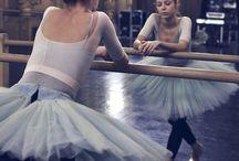 Dancing Queen / The wonderful world of dance