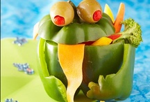Fun with Fruit & Veggies / Who says you can't play with your food?