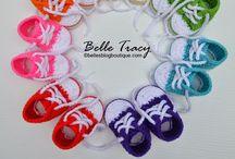 Crochet Baby Booties / Keep those little piggie toes warm!