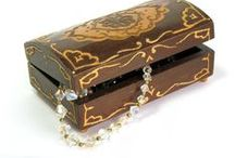 Vintage Jewelry / Luscious and sparkly vintage and antique jewelry
