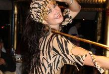 Feeling Feline / Bring out your belly dance animal with this amazing costumes