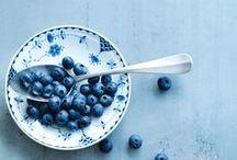 Blauwe bes / Blauwe bessen worden veel verwerkt in zoete gerechten. Je kunt ze bijvoorbeeld toevoegen aan yoghurt of vla voor een lekkere zoete en fruitige smaak. Doe hier inspiratie op voor gerechten met blauwe bessen.
