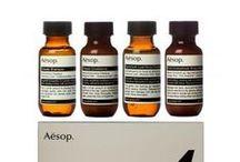 AESOP / La marque Aesop est une marque de cosmetique unisexe unique au monde qui conjugue produits d'exception et art de vivre.  Depuis 1987 et la création de la firme australienne à Melbourne, Aesop s'est donné pour mission de proposer des soins haut de gamme pour le visage, le corps et les cheveux.