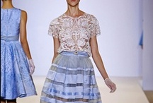 TEMPERLEY LONDON / https://www.facebook.com/QueridasFashionistas
