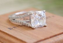 Tying The Knot / Engagement rings & wedding bands