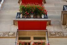 C'EST MA robe de Parisienne / Le showroom #cestmarobe est à Paris, France. The showroom is in Paris, where else ?