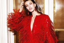 C'EST MA red inspo / www.cestmarobe.com Location de robes de luxe. Rouge. Red Moodboard. Inspiration. Passion.