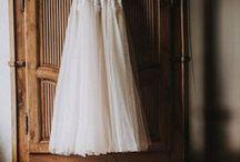 Trouwjurken // Bridal Fashion / Laat je in dit board inspireren met weddingdresses in verschillende stijlen. Van romantic, bohemian tot modern brides.