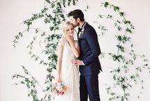 Trouwceremonie // Wedding ceremony / De plaats waar je je ja-woord aan je verloofde geeft is een speciale plek. In dit board inspiratie met uiteenlopende ceremony settings voor je wedding.