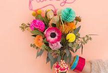 MOODBOARD // Lente // Spring / Jaaa...de winter is weer voorbij en lente komt er aan! Heerlijk om die frisse kleuren weer te zien. Laat je in dit board inspireren met de weddingstyling die shades of spring bevat en pas ze toe in je eigen wedding!