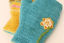 Knit Mittens / Ideas, colors and patterns for mittens.
