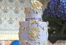 Wedding Cakes in Italy / Melanie Secciani creates one of a kind, custom designed American Style wedding cakes in Florence for weddings in Tuscany and throughout Italy.
