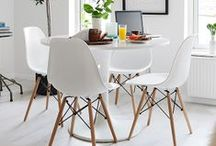 INTERIOR - ROUND TABLES.