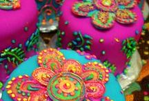 Fiesta Inspiration / Fiesta Theme events are very colorful and in our opinion, have the best food. Here is some inspiration for your Fiesta! Feliz Pinning!