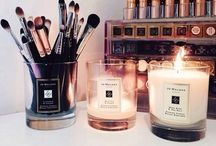 Vanity/Beauty Room.