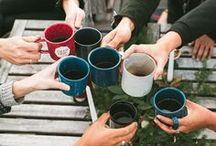 c u p / Uma pasta recheada de pins de copos de cafés, chás, sucos, chai e inspirações! Melhor pasta para pessoas viciadas em café! :)