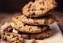 Biscuits et cookies, c'est permis ! / Un petit creux ? Fourchette & Bikini partage avec vous ses meilleures recettes de petits biscuits pour combler vos envies (gourmandes et légères!).