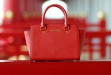 Bag  ♥  / by Thays Galhardo