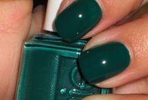 nails nails nails / by Whitney Barton
