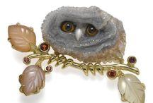 ANTIQUE/VINTAGE jewels / Antique or vintage jewelry