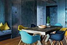 Intérieurs en couleurs - Colored interiors / Oser mettre en scène les murs, les sols ou même les plafonds : jeux de couleurs et de matières, motifs, trompe l'oeil...