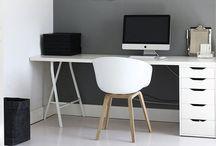 Bureaux - Workplace I ♡ / Petits coins bureaux ou pièces entières, des endroit où l'on a envie de s'attabler...