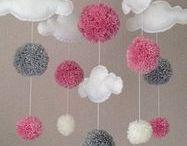 Pompones-Pom Pom World- / Ideas e inspiración para manualidades y proyectos creativos con pompones.