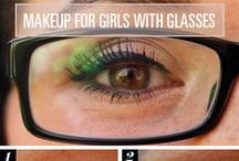 How to Wear Make Up with Glasses / Glasses are the ultimate fashion accessory. Find out how to put your make up on with your frames