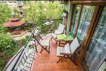 """Балкон """"Градина"""" / Започни ново градско пътешествие като запазиш час напълно безплатно за среща, парти или барбекю с приятели на балкон, превърнат от ИКЕА в малък градски оазис.  На балкон """"Градина"""" ще видиш сам как 5 квадрата са достатъчни за цели трима души, когато тези квадрати са декорирани с ИКЕА. Балконът е в затворен комплекс, тихо е и гледа към вътрешен двор. Накратко, предлага ти всичко, което ти трябва - тишина и удобни мебели. www.balkonturist.com/garden"""
