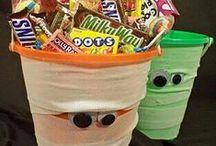 Halloween / Candy recipes, crafts and decorations for a sweet and spooky Halloween.