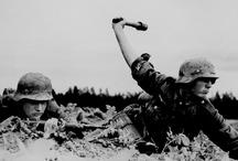 II Guerra Mundial / by Victor Vasquez