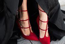 Haare Nägel Schuhe / Styling