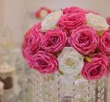 گل آرایی سفره عقد در موسسه پیوند مهر افزا /  دفتر ازدواج پیوند مهر افزا آماده برگزاری مراسم عقد به شیوه ای نوین