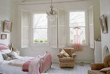 Pink Style / Pretty in pink! Interiors, decor and fashion using pale pink accents. Sarah x