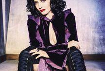 |  p u r p l e  | / Purple rain. Interior design and fashion using shades of deep purple. Sarah x