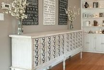 Decor / by Chantelle Kurtz