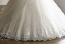 Wedding Dresses / by Rosana Lopez