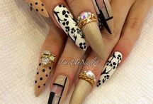 Stiletto nails........ / Make time for you..........feel like a woman..........be creative........ / by Debbie Kutz