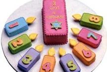 Hannukah / Crafts, recipes, activities and more to celebrate Hannukah with your family