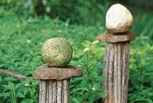 Gardening  :  Sculptures/Pots