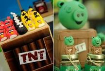 Party: {angry birds} / Craft DIYs and inspiration for all things related to a n Angry Birds party theme!
