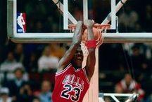 the king-michael jordan / tudo sobre o rei do basketebol / by joao marques