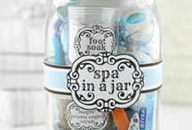 ❥ Mason Jar Gift Ideas / Great mason jar gift ideas for lots of occassions.