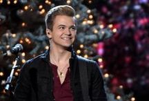 hunter hayes ♡ / all about that cute lil kid ♡