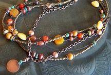 Necklaces / naszyjniki